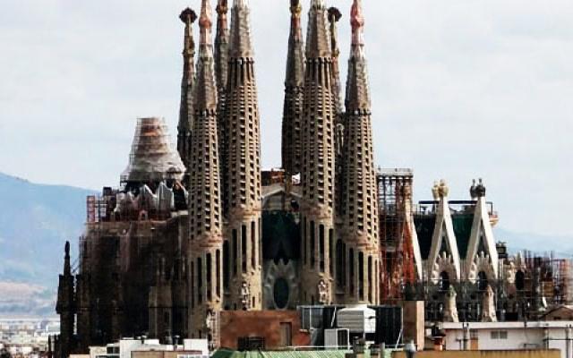 La sagrada familia in spain travel photos of la sagrada for La sagrada familia spain